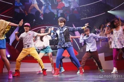 峯岸みなみ、剛力ダンスを至る所で披露しめごっちファンブチ切れwwww ※動画あり「AKB48紅白対抗歌合戦」