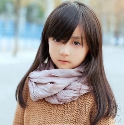 【画像】中国の5歳のめちゃくちゃ可愛らしい女の子の写真が話題!!!
