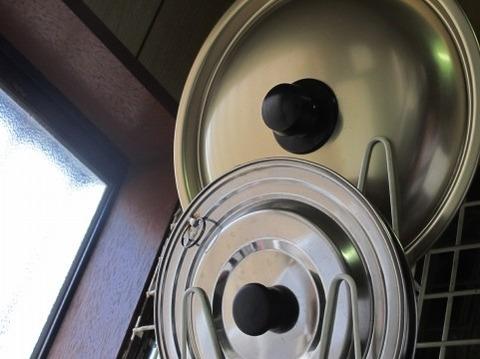 【驚愕】炊飯器壊れたから鍋に水入れて米を炊いた結果wwwwwwww