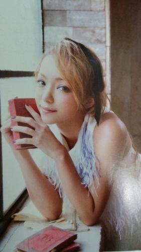 安室奈美恵ちゃん(36)ってどうしてこんなにカワイイの?