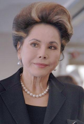 デヴィ夫人が言及!淡路恵子さんの葬儀で「話し合いで済むこと」…一方2chでは被害者側のレスを発見し炎上開始かwww