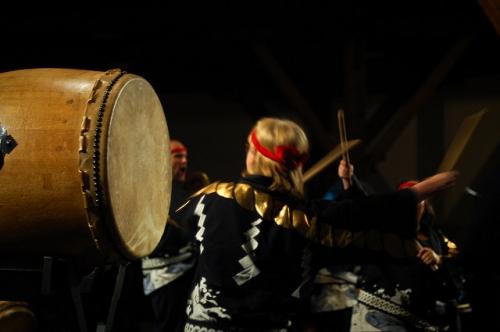 海外「一日中聞いていられる」日本の太鼓チームの大迫力な演奏に感動