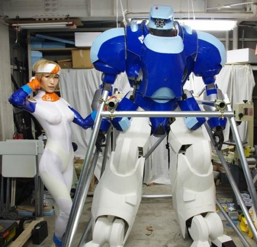 日本製のパワードスーツがアップルシードとコラボして操縦可能にwwww