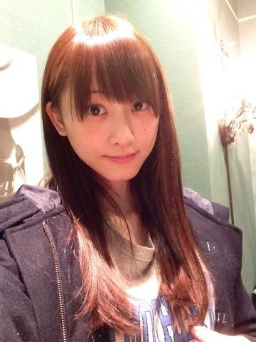 【画像あり】 SKE松井玲奈(22) 生まれて初めて髪を染める 天使すぎワロタwwwwwww