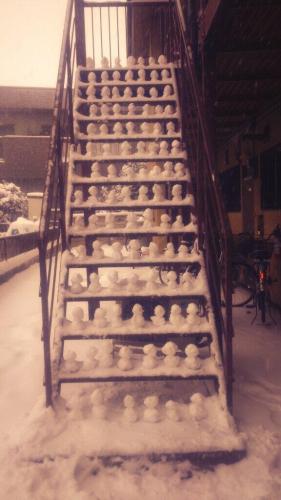 【悲報】 雪だるまテロ発生!!くっそ迷惑wwwwwwwwwwwwwwwwwww