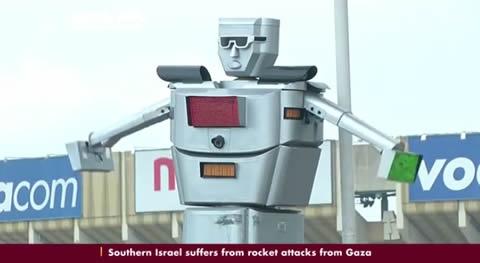 コンゴの交通整理にスーパーロボットが大活躍!!
