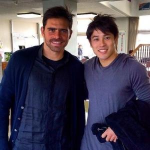 内田篤人、FC東京を訪れる! 元シャルケのエドゥーに会いに来ていた(画像あり)