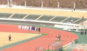 1人で応援し続けたサポーターのために挨拶する栃木ウーヴァFCの選手たちの写真付きツイートが話題