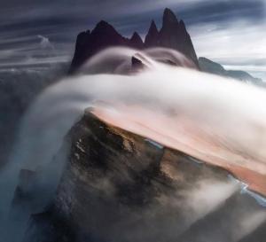 【衝撃画像!】 大自然の鉄槌ともいえる『チカラ』に恐れ戦け !! 不思議な『鉱物』も楽しめる摩訶不思議な画像をご覧ください wwwwww !! (※動画像まとめ)