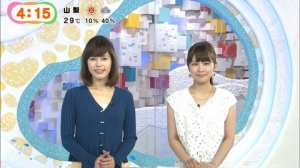 元NHK神田愛花アナが早朝からひかえめな胸元をチラリ