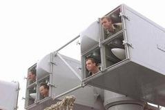 甘利経済再生担当相 労働時間規制の適用除外、年収1千万円以上を対象に