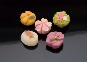 【画像あり】和菓子美しすぎワロタ